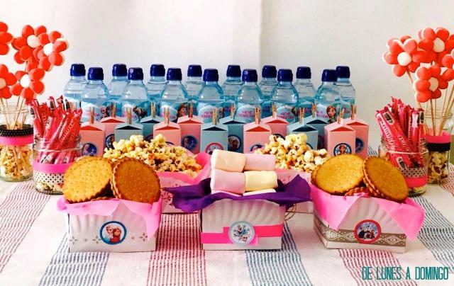 Cómo hacer una mesa dulce personalizada de Frozen