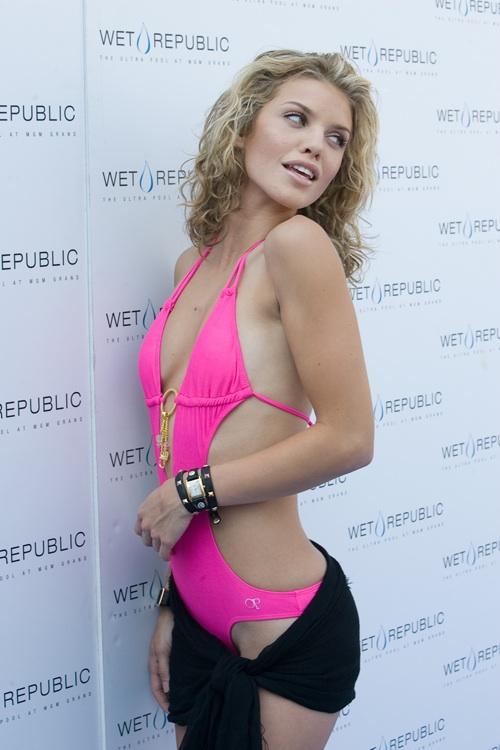 All Kind Of Photos Annalynne Mccord