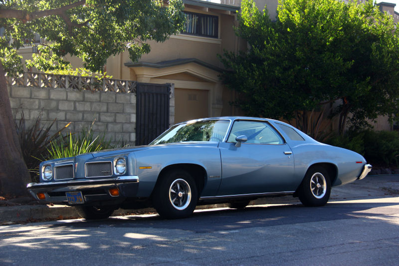 california streets alameda street sighting 1973 pontiac le mans sport coupe. Black Bedroom Furniture Sets. Home Design Ideas