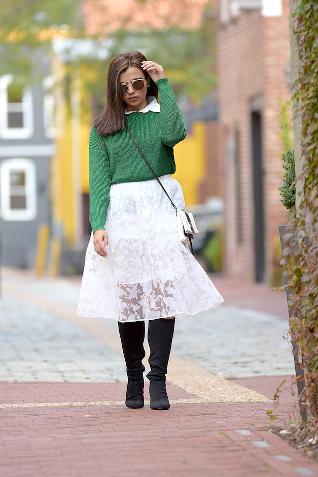 Wearing: Sweater: LightInTheBox Skirt: DressLink Boots: Nine West Bag: Nine West White Tshirt: Choies
