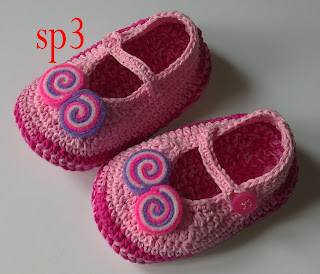 Rajutan Sepatu Bayi