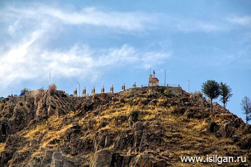 Гора Серра Кальварио (Cerro Calvario). Город Копакабана. Боливия