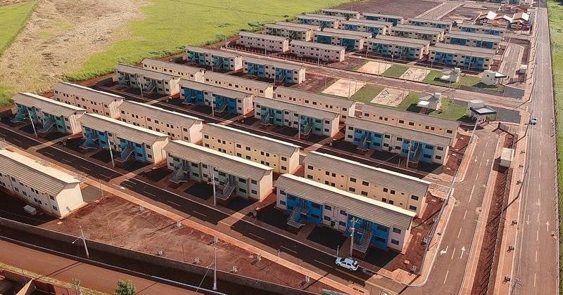 Governo de reinaldo azambuja executa maior programa habitacional de ms com 20 mil casas for Casa governo it 2018