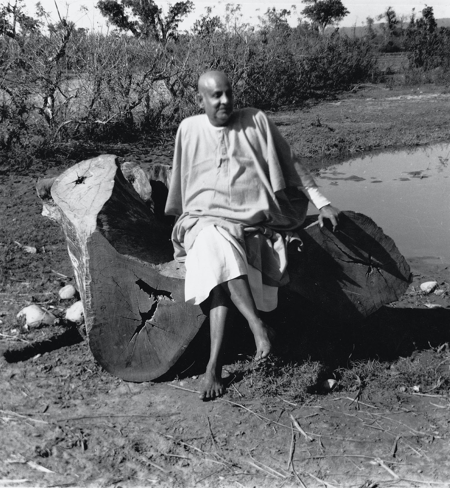 importance of ahimsa Mahatma gandhi: hinduism at its best his life, religion, civil rights struggles, spirituality and and famous quotations.