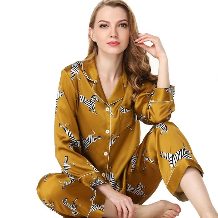https://www.freedomsilk.com/womens-fashion-printed-golden-silk-pajama-set-p-14.html