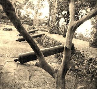 Canhões do Antigo Forte Defensor Perpétuo, em Paraty