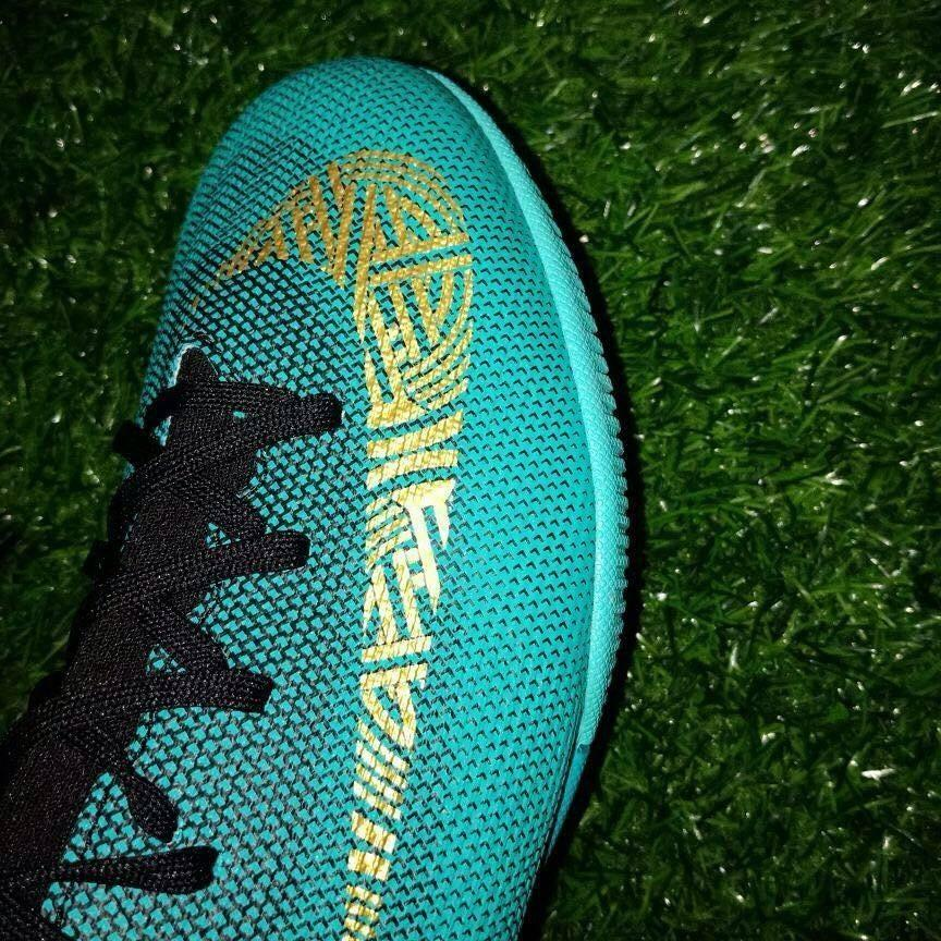 9b8b01c44e3 Update  New pictures of the Nike Mercurial Cristiano Ronaldo Chapter 6 have  been leaked (takedown version). They are predominantly teal with gold  brandings ...