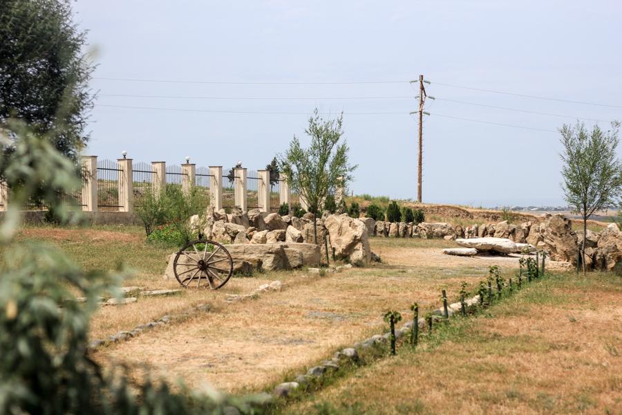 Баку Азербайджан land of fire храм огня огнепоклонники Янардаг