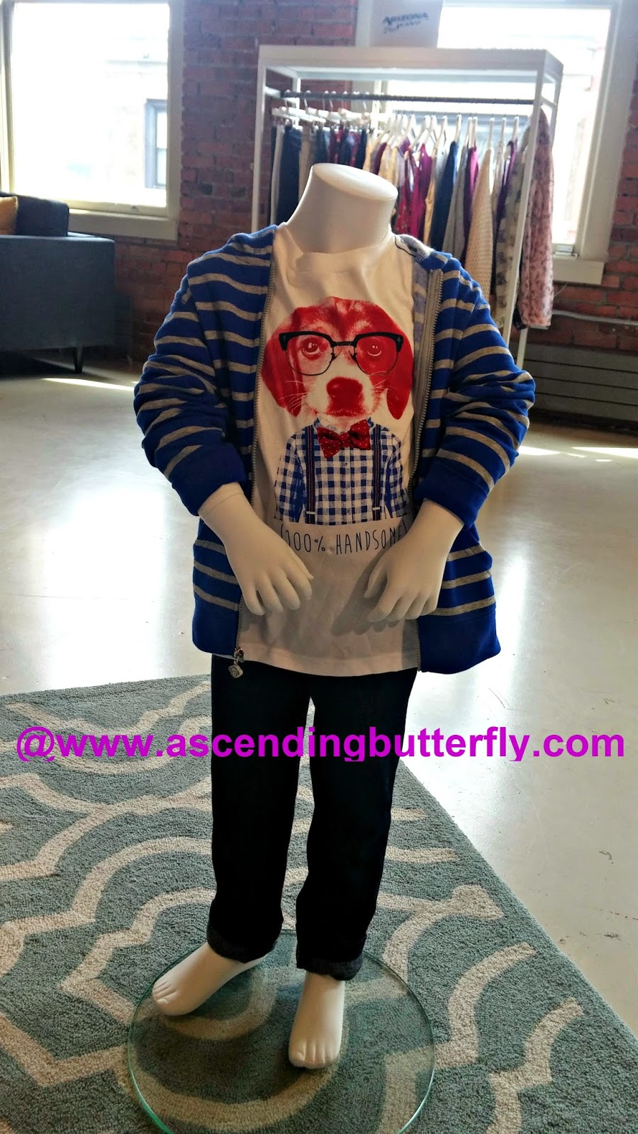 Nerdy cute with this Dog wearing eyeglasses graphic tee cardi combo!