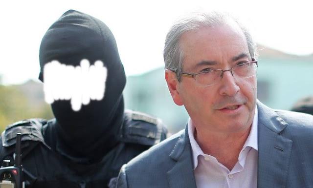 Cinco dias depois de ser preso na Lava-Jato, o ex-presidente da Câmara Eduardo Cunha (PMDB-RJ), por meio de seus advogados, entrou com pedido de liminar em habeas corpus nesta segunda-feira, 24, no Tribunal Regional Federal da 4ª Região (TRF4)