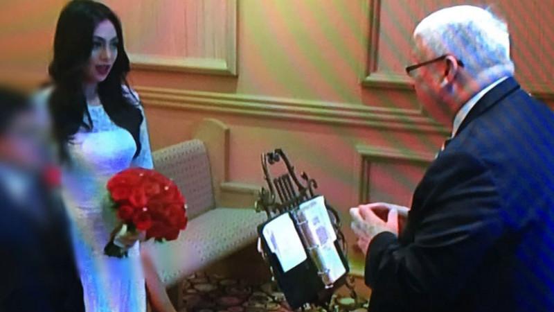 Foto pernikahan sesama jenis Celine Evangelista di Las Vegas