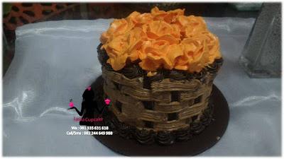 Kue Tart Coklat Hias Bunga Pesanan Acara Seserahan Pernikahan