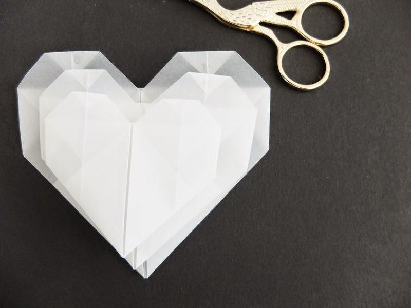 danipeuss.de :: BLOG: Origami Herzen falten { MitmachMontag Anleitung }