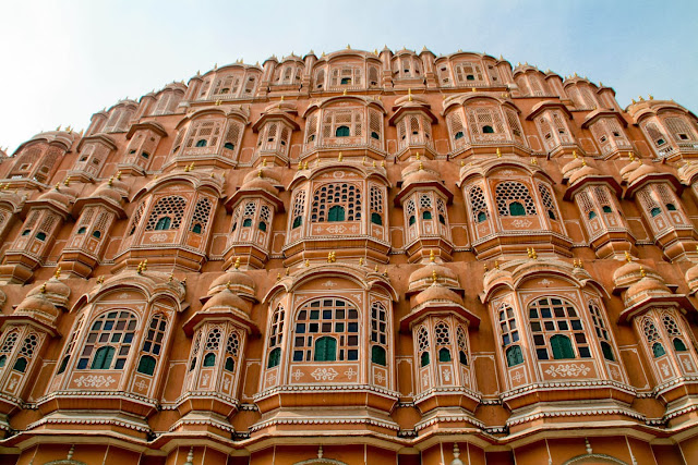 Hawa Mahal Jaipur Guide and wallpapers