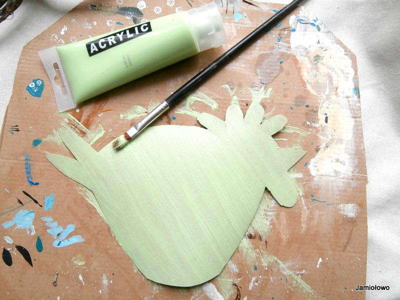 malowanie kury akrylami
