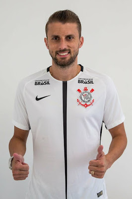 Corinthians Announce The Signing Of Centre Back Defender Henrique
