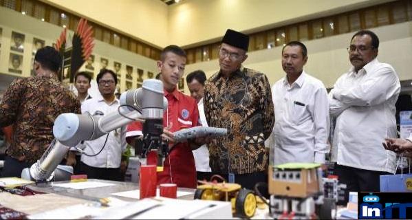 Robopark Indonesia dan  Mendikbud terlibat dalam Era Industri 4.0