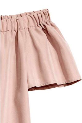 różowa sukienka z odkrytymi ramionami H&M, stylizacja na lato z sukienką, blog modowy, letnia stylizacja