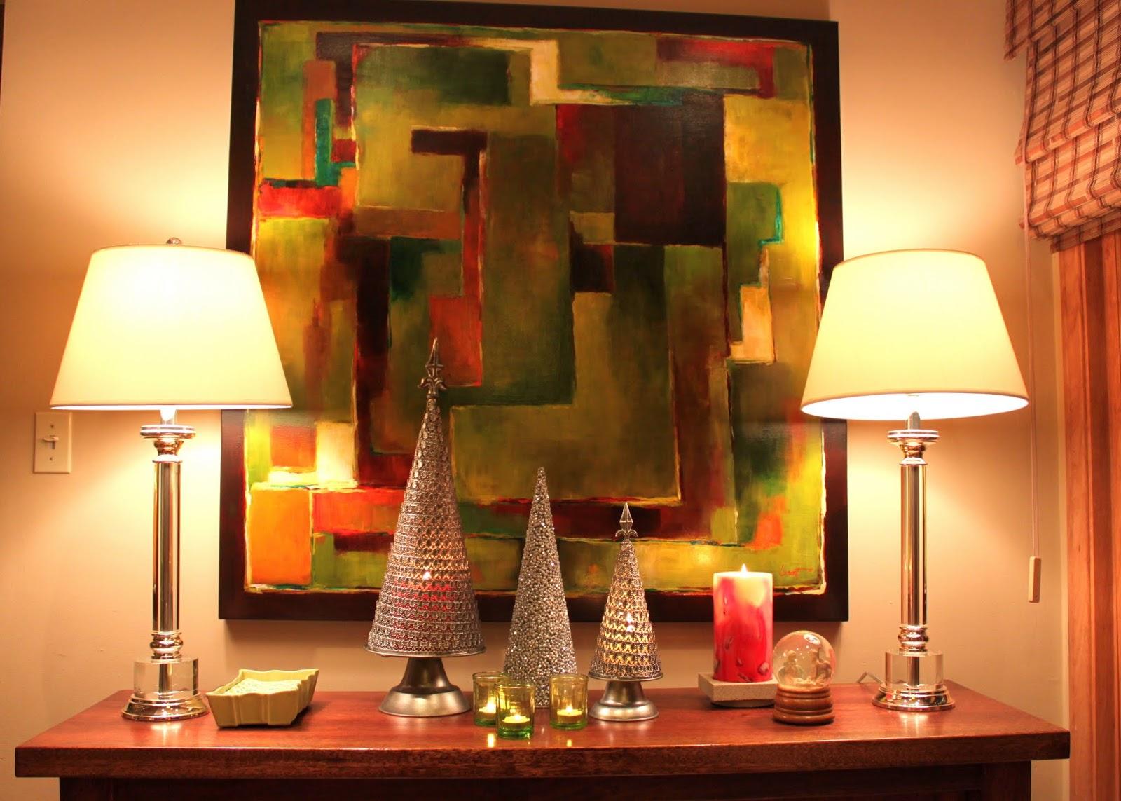 Mid-century Minimalist Christmas Decorations