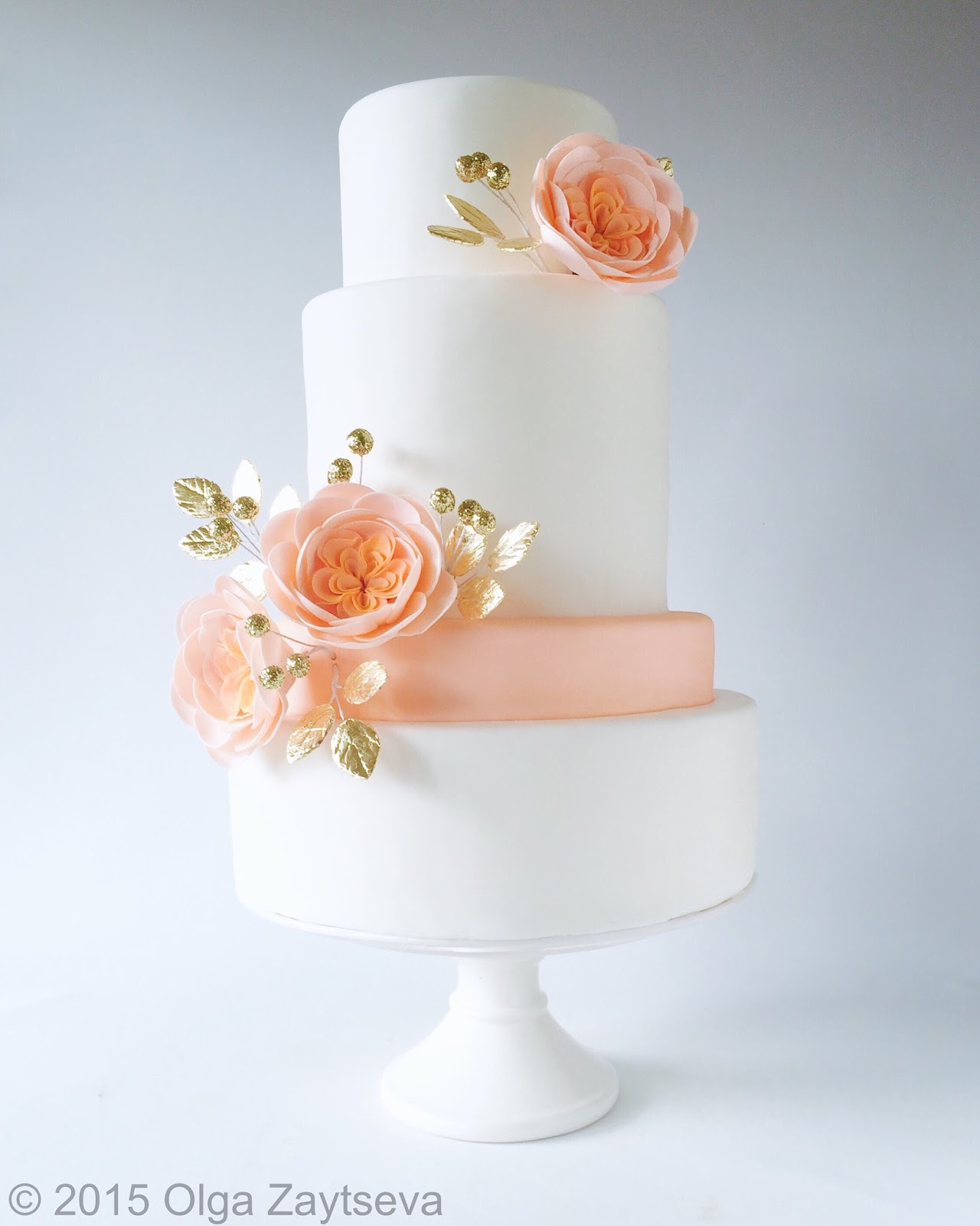 Clean and simple modern white wedding cake - Olga Zaytseva