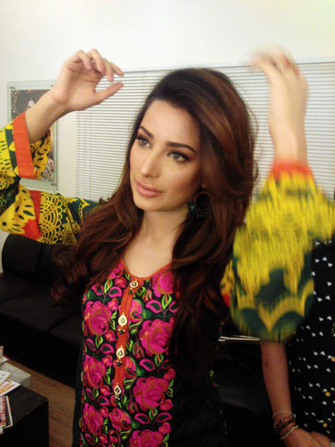 Flitz Lawn, Mehwish Hayat, Akif Ilyas, Take 2 Pr and MArketing, Sheen Lawn by Flitz, Lawn collection in Pakistan, Spring Lawn collection 2015, trending, fashion, Behind the scenes, lawn shoot, fashion blog, red alice rao, latest lawn in Pakistan