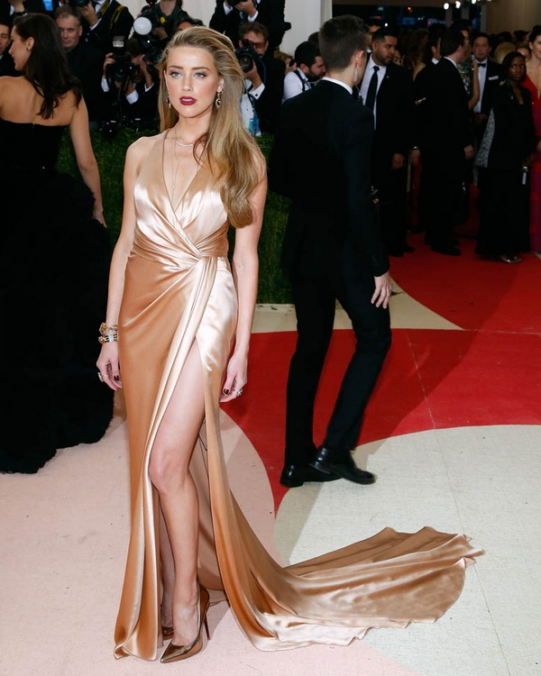 Amber Heard MET gala 2016 dress