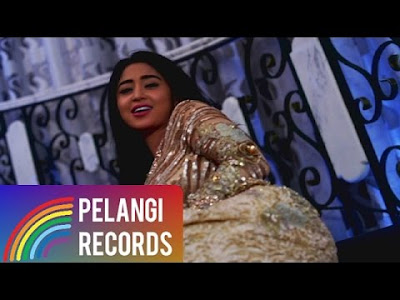 Download Lagu Dewi Persik (DePe) - Halalin Aku (Soundtrack Centini Manis)