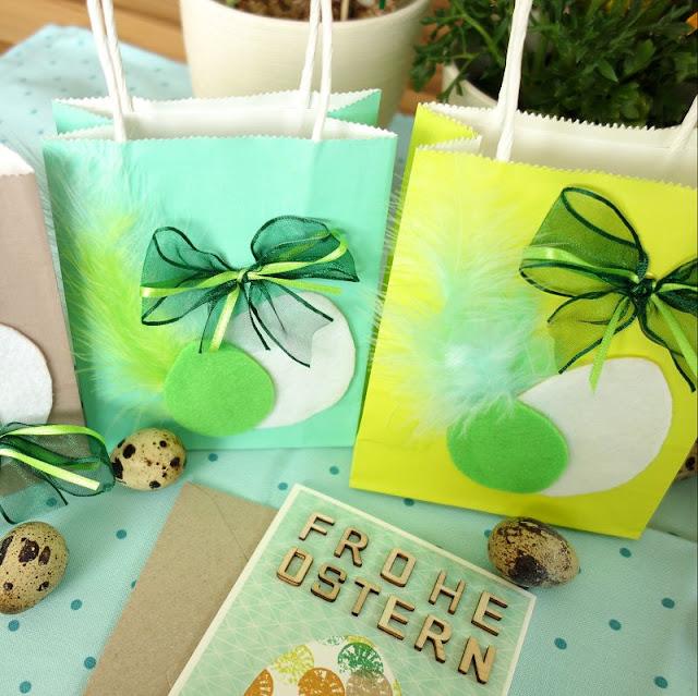 Geschenktueten-zu-ostern-verzieren-mit-filz-basteln-mit-bastelfedern-basteln-ostern