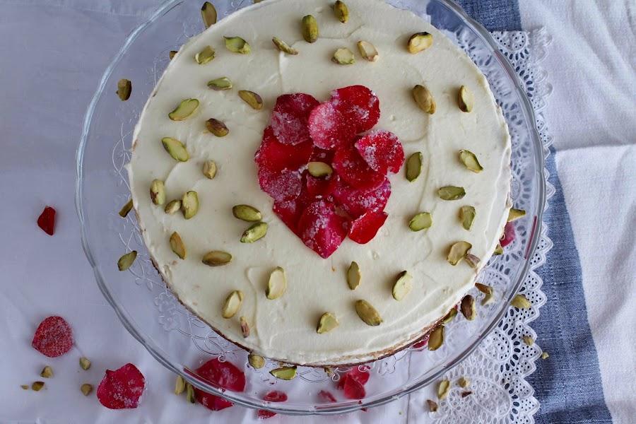Receta Persian Love Cake o Tarta persa de rosas