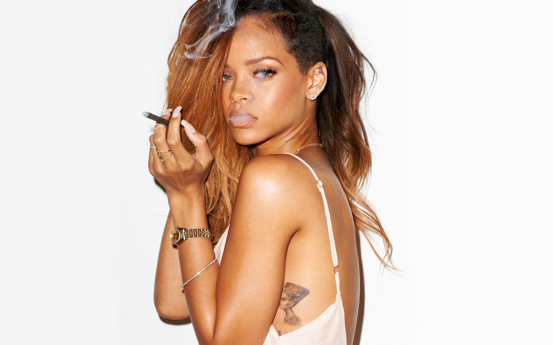 """Novo single de Rihanna com Drake ouça """"Work"""""""