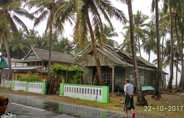 Angin Puting Beliung, Terjang Desa Bungaiya Selayar