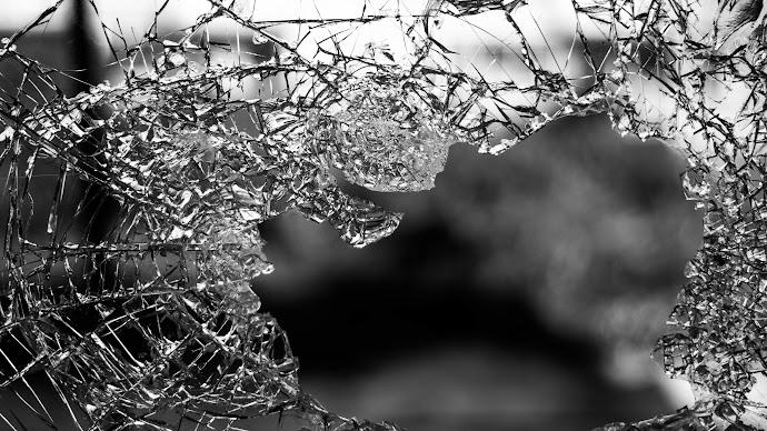 Wallpaper: My Broken Window