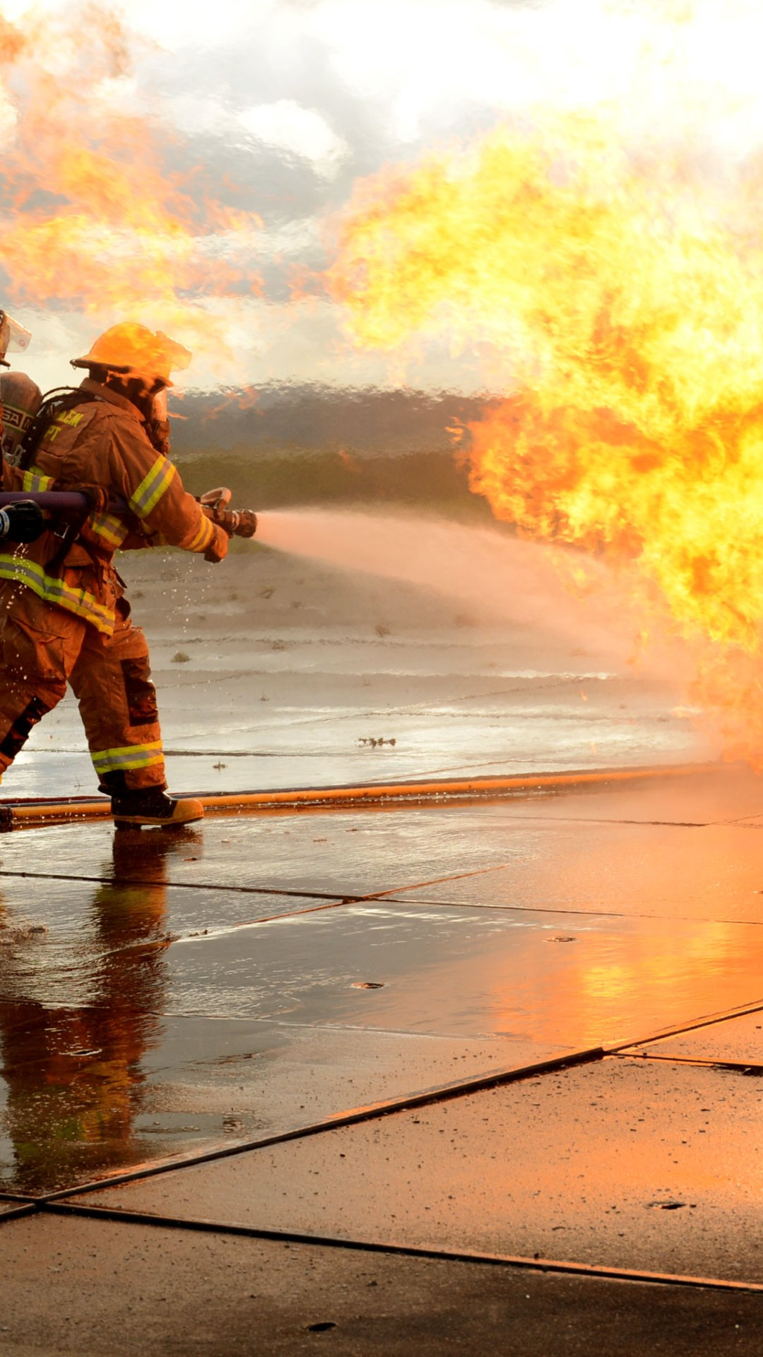 Similiar Firefighter Wallpapers 1280X800 Keywords