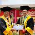 Berjasa Kawal Demokrasi Malaysia, Anwar Ibrahim Sandang Gelar Doktor HC dari UNP