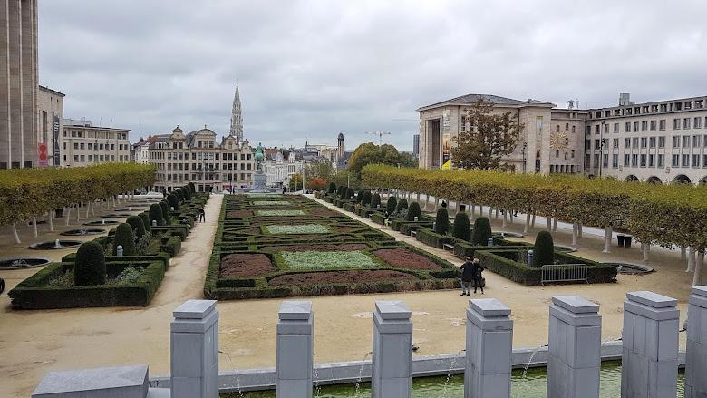 Mont des Arts 的廣場