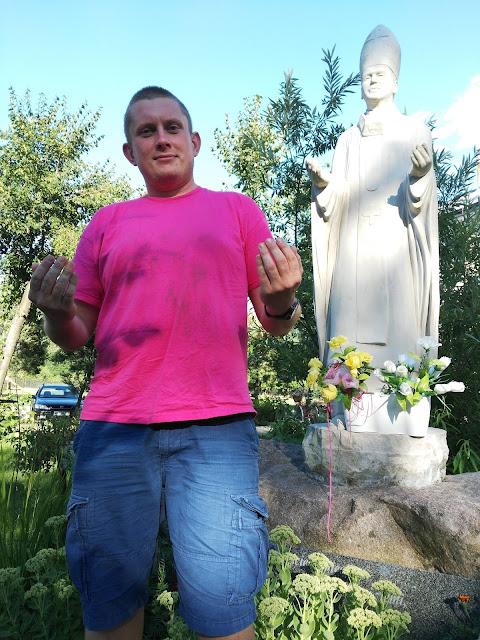 Pomniki Jana Pawła II - Nowe Budy