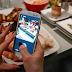 تحذير من استخدام الهاتف الذكي أثناء تناول الطعام