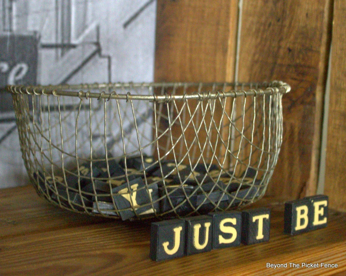 rustic industrial, pallet wood, wire basket, anagrams, beyond the picket fence,http://bec4-beyondthepicketfence.blogspot.com/2015/04/rustic-industrial-bookshelf.html