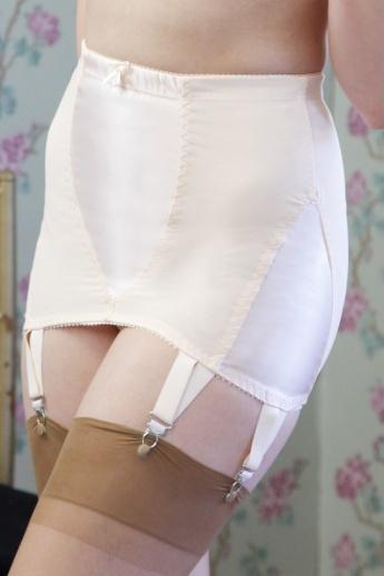 96f706c30 Idda van Munster  Bring back seamed stockings   girdles!