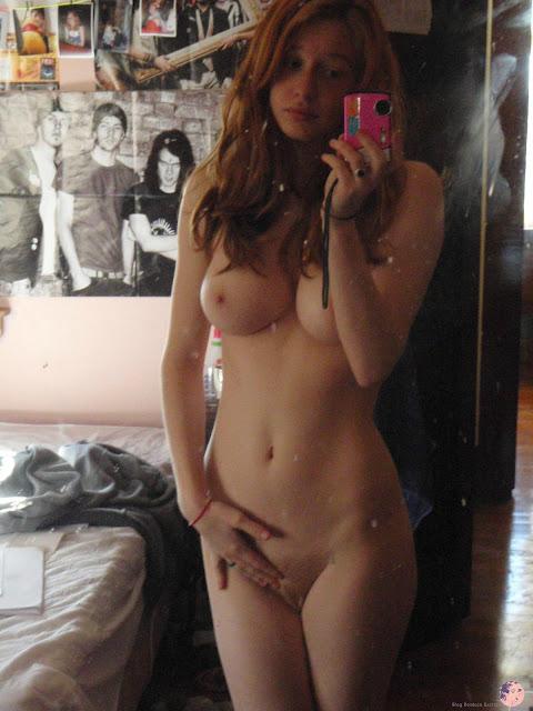 Fotos de bucetas lindas de mulheres amadoras nuas
