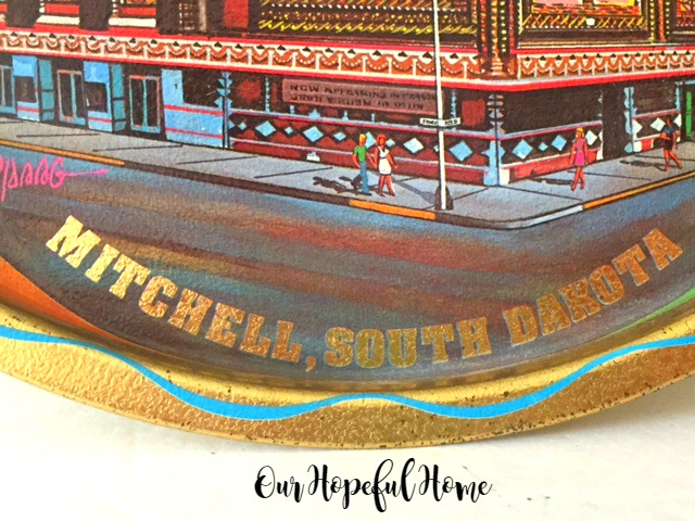 Mitchell, South Dakota Souvenir Plate