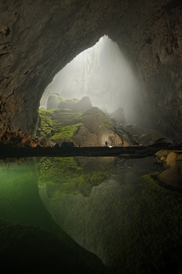 Son Doong cave - one of the most beautiful natural caves and the largest ever found in the world