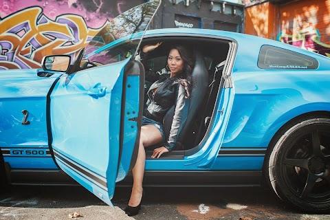 Car Girl: Jennifer Teixeira