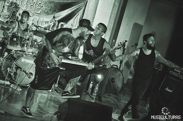 En este episodio compartimos historias con la banda ENTRE NIEBLA Y MIEDO, 🎸 una banda de Hard Core. Medellín - Colombia ✅