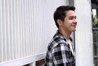 Edwin Sjarif Senyum