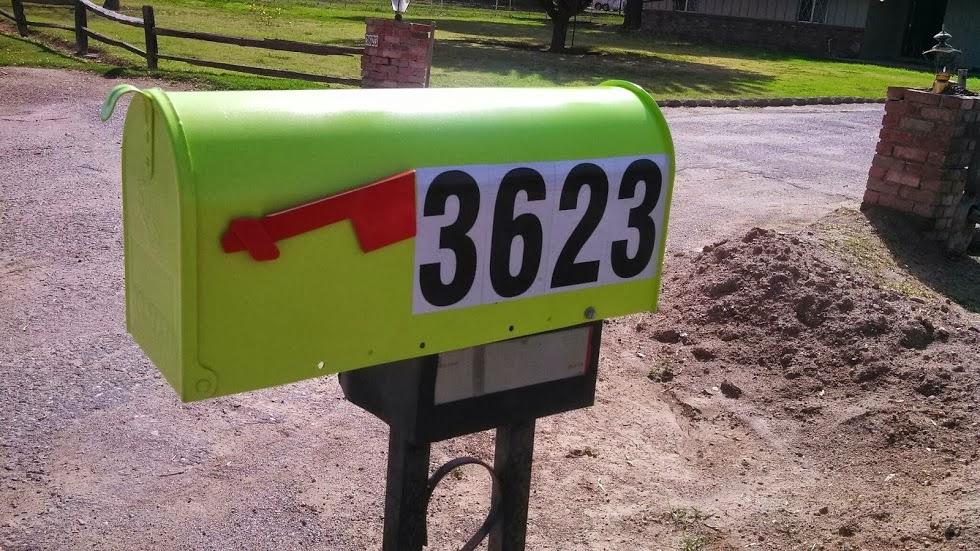 mailbox3623.jpg