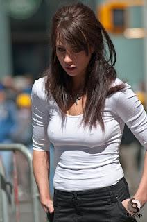mujeres-bontias-lindos-pechos