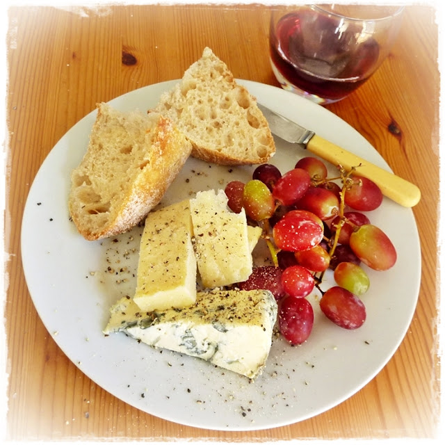sourdough bread, cheese, grapes, lunch