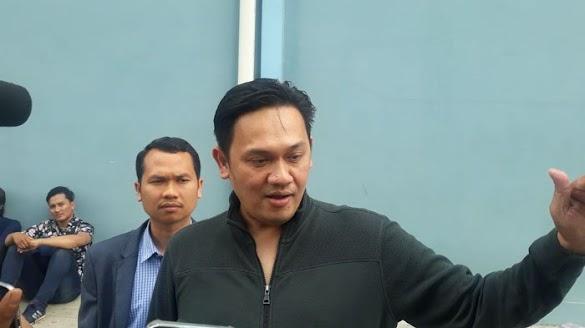 Sebut yang tak Pilih Jokowi Masuk Neraka, Kubu KIK Tegur Farhat Abbas