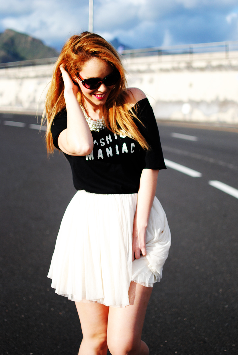 FASHION MANIAC, Nery hdez, necklace of pearls, sunglasses, tutu girl